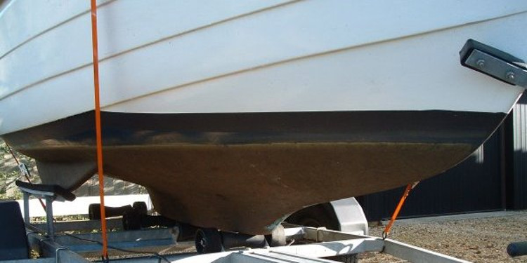 The waterline from the starboard bow